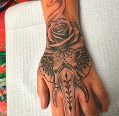 Female freehand hand job real