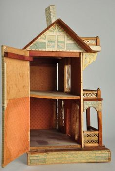 Large Antique Doll House. : Lot 1081
