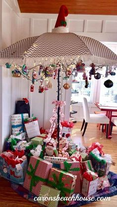 australian christmas tree ideas We have received so many entries for our Coastal Christmas Tree Drawing - have to show you a few of our favorites from this weekend - our customers are simply amazingly talented! Australian Christmas Tree, Aussie Christmas, Summer Christmas, Coastal Christmas, White Christmas, Christmas Flyer, Classy Christmas, Christmas Bedroom, Modern Christmas