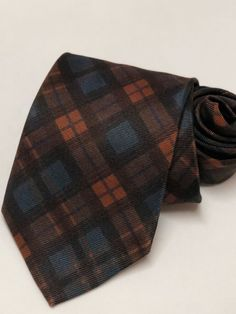 62774c070e8e Men's Brooks Brothers Makers Geometric Floral Silk Neck tie made in USA.