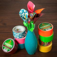 What's better than a flower you don't have to water? Follow these steps and use your favorite Duck Tape colors and prints to create timeless décor that can brighten up any space. http://www.duckbrand.com/craft-decor/activities/calla-lily?utm_campaign=dt-crafts&utm_medium=social&utm_source=pinterest.com&utm_content=duct-tape-crafts-flowers