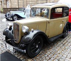 Vintage Cars, Antique Cars, Austin Cars, Bike Engine, Trike Motorcycle, Austin Healey, Eugene Oregon, Colour Yellow, Blackpool