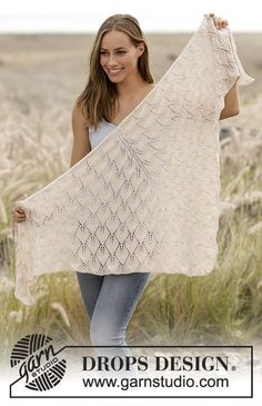 Strikket sjal med bladmønster i DROPS BabyAlpaca Silk, strikket ovenfra og ned.