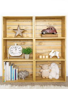 This DIY Wooden Crate Shelf adds character to any room & is customizable depending on the color of stain and number of crates you choose! Wooden Crate Shelves, Diy Wooden Crate, Cubby Shelves, Crate Bookshelf, Wood Crates, Cubbies, Wooden Boxes, Urban Barn, Diy Home Crafts