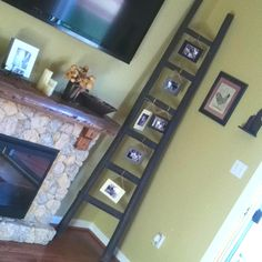 My favorite way to display family pictures! Displaying Family Pictures, Gallery Wall, Crafty, Frame, Projects, Fun, Photos, Ideas, Home Decor