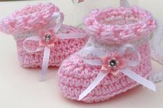 Crochet Pattern Baby Layette 4 Pieces, Blanket Sweater Booties Bonnet, Pearls and Lace SET Pattern Baby, Baby Patterns, Knitting Patterns, Crochet Patterns, Crochet Baby Jacket, Crochet Baby Bonnet, Crochet Baby Shoes, Crochet Baby Booties, Crochet Slippers