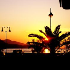 Sunset in Vathi, Samos Town - by samos-magazine.nl