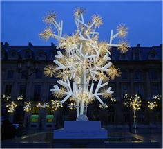 Discovering The City of Lights by Christmas | Paris Design Agenda