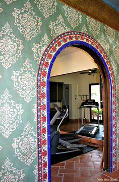 Dream Home Tour: hand painted walls and gorgeous tile make for a beautiful entrance to Tom & June Simpson's home gym Spanish Style Homes, Spanish House, Spanish Tile, Spanish Colonial, Bathroom Wall Colors, Spanish Interior, Mexican Home Decor, Eclectic Bathroom, Stucco Walls