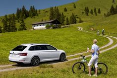 """""""The new ŠKODA Superb Combi embodies our core brand values par excellence and is more spacious, practical and clever than ever before,"""" said ŠKODA CEO, Prof. Dr. h.c. Winfried Vahland #newsuperbcombi #skoda"""
