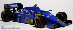 Formula 1 Racing Cars Paper Models - by Terry Pechler - == -  Can you believe that all these Formula 1 cars are made out of paper? They were created by Dutch designer Terry Pechler, in 1/43 scale and each car occupies only one sheet of paper. Visit his page to download them for free.