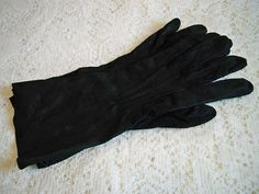 Vintage 1940s Ladies Black Chamois Cloth Gloves WWII Era by BlackRain4, $21.99