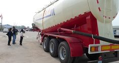 照片:Tri axle 40 m3 bulker cement trailer_03