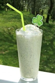 Catholic Cuisine: Saint Patrick's Day Peppermint Candy Shake ~ much healthier than Shamrock Shakes!