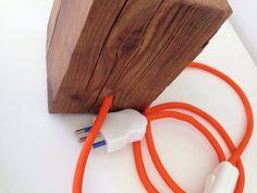 Guarda questo articolo nel mio negozio Etsy https://www.etsy.com/it/listing/483813737/lampada-da-tavolo-legno