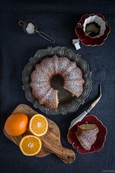Bundt cake de naranja - No quieres caldo? ... Pues toma 2 tazas.