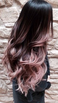 Cascading Pink Waves with Ombre Bayalage. Are you looking for rose gold hair color hairstyles? See our collection full of rose gold hair color hairstyles and get inspired! Cabelo Rose Gold, Ombre Rose Gold Hair, Purple Hair, Black Hair Ombre, Pastel Ombre Hair, Ombre Hair Style, Rose Gold Baylage, Brown Pink Ombre, Ombre Hair With Color