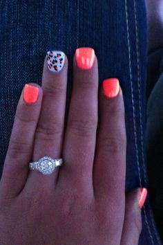Neon orange nails with cheetah accent finger! Her ring is soooo pretty too. Neon Orange Nails, Neon Nails, Love Nails, How To Do Nails, Pretty Nails, My Nails, Bright Coral Nails, Pink Cheetah Nails, Bright Summer Nails
