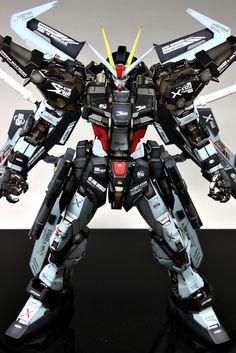 GUNDAM GUY: PG 1/60 GAT-X105E Strike Noir Gundam - Custom Build [Updated 3/15/13]
