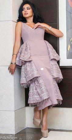 Arab Fashion, Dubai Fashion, African Fashion, Girl Fashion, Fashion Design, African Prom Dresses, African Dresses For Women, African Attire, Mode Hijab