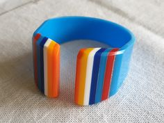 Plastic Jewelry, Household Items, Bracelets, Vintage, Collection, Home Goods, Vintage Comics, Bracelet, Arm Bracelets