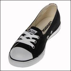 762c81ce172 The Converse Chuck Taylor CT Dance Lace Black Low Top shoe is a slim