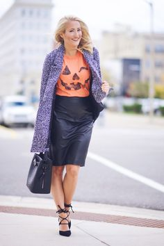 How to rock a halloween tee!