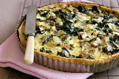 Abundant during the cooler months, fresh silverbeet has dark green, ribbed leaves and a crisp, creamy white fleshy stem. Pair it with cheese and mushroom for a delicious quiche. Skinny Recipes, Vegetarian Recipes, Swiss Chard Recipes, Mushroom Quiche, Vegetarian Casserole, Kale And Spinach, Shortcrust Pastry, Stuffed Mushrooms, Stuffed Peppers