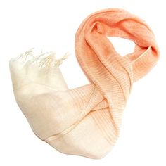 Two-tone linen scarf.