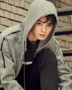 Cha Eun Woo, Handsome Actors, Handsome Boys, Korean Celebrities, Korean Actors, Cha Eunwoo Astro, Lee Dong Min, Cool Poses, Korean Men