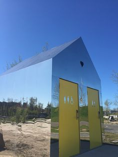 A Mirror House (public toilet) i Roskilde adds fun to the skate park. Spotted by @missdesignsays