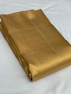 South Indian Wedding Saree, Indian Bridal Sarees, Wedding Silk Saree, Indian Beauty Saree, Trendy Sarees, Stylish Sarees, Samantha In Saree, South Silk Sarees, Golden Saree