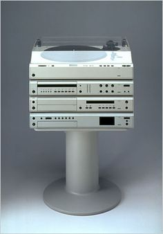 I NEEED this record player, for all my records that haven't been played in probably 20 years.
