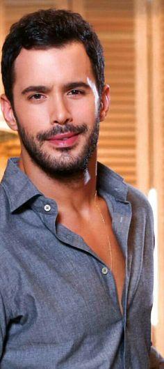juste my love. Big Love, Love Him, Dream Catcher Mandala, Elcin Sangu, Turkish Fashion, Cute Actors, Turkish Actors, Beautiful Smile, Barista