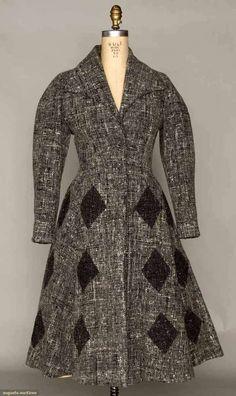 1950's Lilli Ann Coat. Love the triangles......