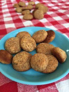 LCHF-juleopskrifter -pebernødder u. Mel og sukker! Lav evnt med rugmel eller soyamel!