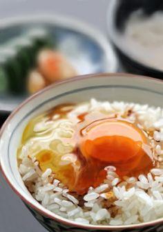 卵かけご飯  egg rice soy sauce