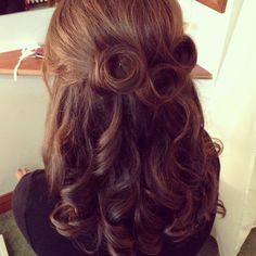 Vintage half up half down wedding hair.