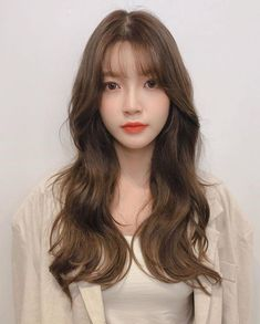 Shot Hair Styles, Curly Hair Styles, Korean Long Hair, Hair Korean Style, Hair Reference, Aesthetic Hair, Long Curly Hair, Grunge Hair, Hairstyles With Bangs