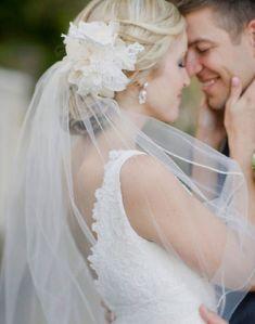 Bridal hair with veil.