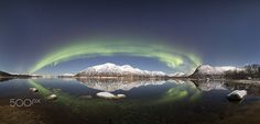 Northern lights - This panoramic picture is put together from 9 vertical photos…