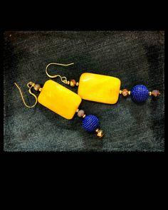 Orecchini pietre, orecchini giada gialla, orecchini gialli e blu, orecchini con cristallo, orecchini pendenti, orecchini lunghi, gioielli di LesJoliesDePanPan su Etsy