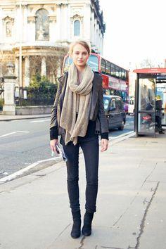 Fall 2013 London Fashion Week Street Style. | ph: © Amar Daved.