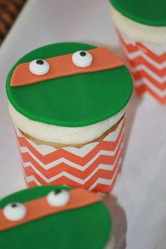 Teenage Mutant Ninja Turtles Michelangelo Cupcakes #pickyourplum #cupcakeliners