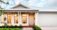 Dale Alcock Homes (WA) - Stoneleigh II - Dale's Luxury Specification - Hamptons Style Homes, Hamptons House, Weatherboard House, Queenslander, House Elevation, Front Elevation, Front Yard Design, Facade House, House Facades