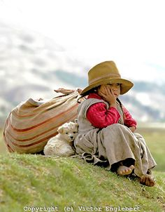 Peru. Near Cuzco. Little Indian girl.