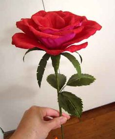 Diy beautiful paper flower vase 01 drawings to do and other red crepe paper rose side view diy and templates here also both type of leaves mightylinksfo