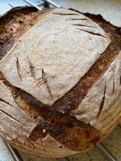 Kváskový chlieb so zemiakom - Zdravé pečenie Bread Recipes, Camembert Cheese, Dairy, Pie, Desserts, Food, Torte, Tailgate Desserts, Essen
