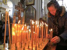 Rugaciunea LUMÂNĂRILOR APRINSE face MINUNI pentru cei care o rostesc! Candle Holders, Candles, Face, Spirit, Health, Quotes, Christmas, Medicine, Per Diem