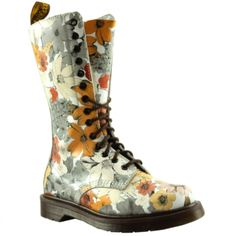 oh my dream boots! Need these to add to my collection of DM